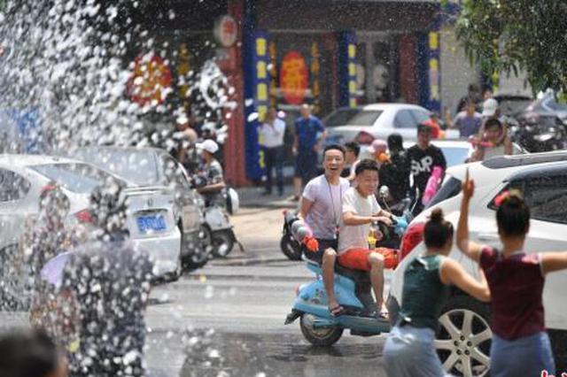 云南查处涉旅案3755件 接待游客人次同比上涨超20%