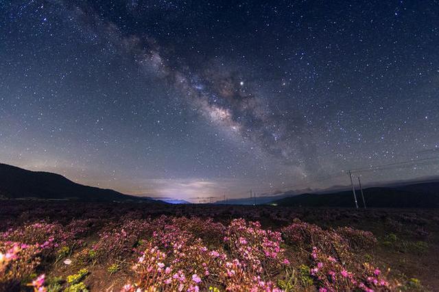 旅游名胜避暑佳地:心中的日月香格里拉
