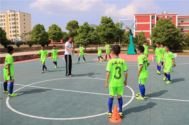 """曲靖市教育体育局:将打造教育 """"一个中心""""体育 """"一张名片"""