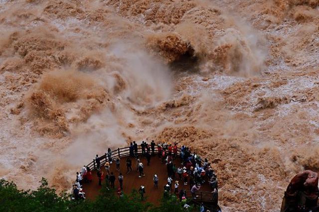 高清图丨云南虎跳峡:震撼人心的汹涌澎湃景象