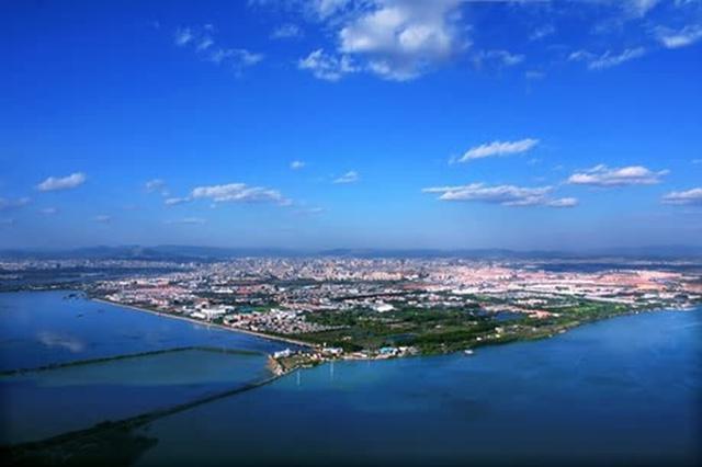云南省与中科院签约 合作共建国家植物博物馆