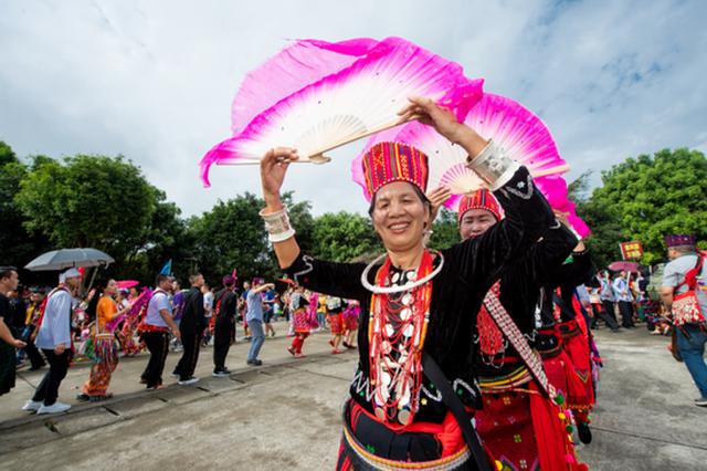 万人共舞展景颇风情 中国·德宏2020目瑙纵歌节2月盛大来袭