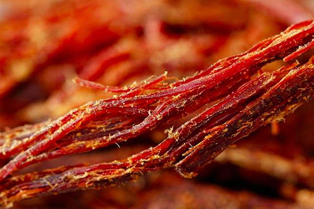 美食丨玉溪新平火烧干巴:肉质细软,原汁原味