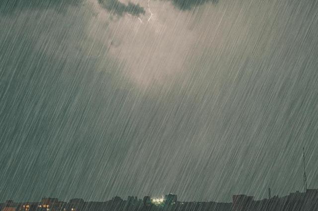 """雨水""""缠身""""!9日夜间至11日云南省有强降雨"""