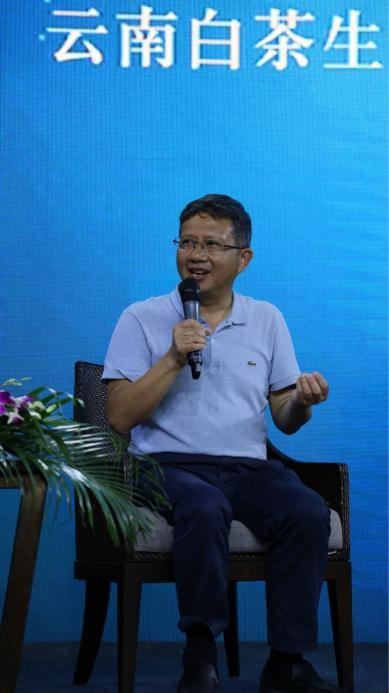 临沧市农业农村局副局长江鸿键