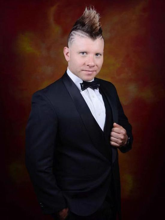 美国杂技魔术家 Jeffery