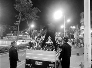 7月以来,五华区大观街道城管执法中队专项整治共享单车乱象。 大观街道 供图