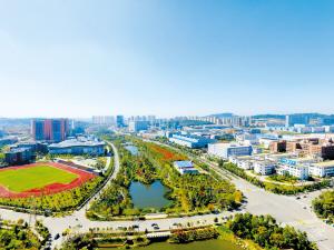 截至目前,自贸试验区昆明片区新增注册企业已超过1.5万家,其中不乏中国500强、世界500强企业。昆明经开区供图