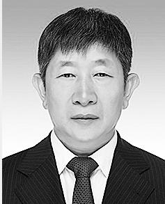 胡朝碧 1968年2月生,在职硕士,1990年7月参加工作。 现任省发展和改革委员会副主任、党组成员。拟任省滇中引水工程建设管理局局长、党组书记。