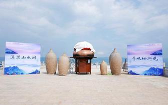 抚仙湖铜锅美食文化旅游节举行