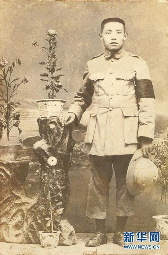这是王德三像(资料照片,1926年)。(祥云县文物管理所提供)