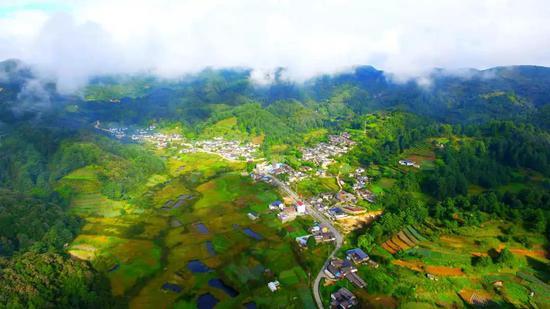 生态脱贫村庄