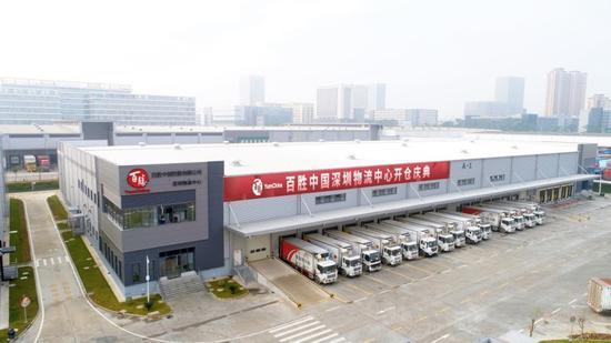 4月初,百胜中国第21个物流中心在深圳启用