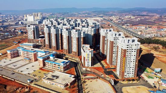 复兴街道复兴佳园安置点,安置建档立卡贫困户3773户12495人。