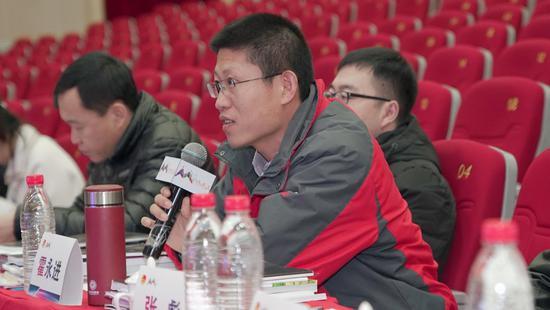 中鑫尚和(北京)投资基金管理有限公司执行总裁霍永进现场点评。