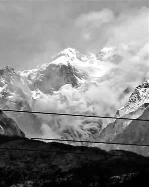官方通报:玉龙雪山局部山体崩塌未影响旅游服务区
