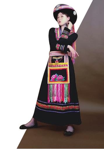 傈僳族服饰