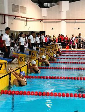 云南省运会游泳比赛首日临沧获两金