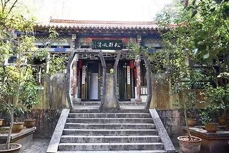 选址于秀山白龙寺的云南省书法研究创作基地清幽静雅、风光秀美