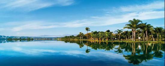 红河弥勒湖泉生态园