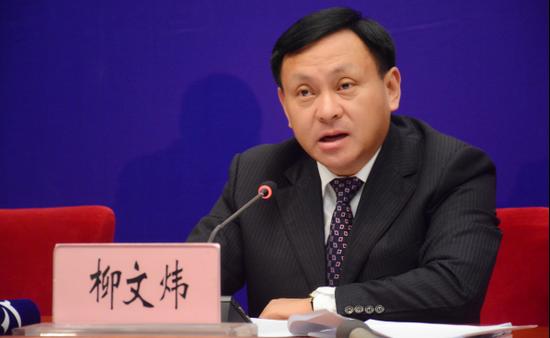 中共玉溪市委常委、常务副市长柳文炜发布新闻(记者 赵嘉 摄影)