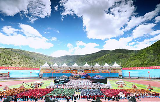 """迪庆:加速建设世界的""""香格里拉"""""""