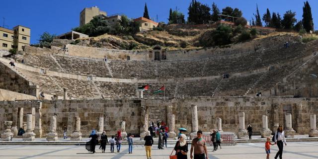 能容纳2000人的古罗马剧场