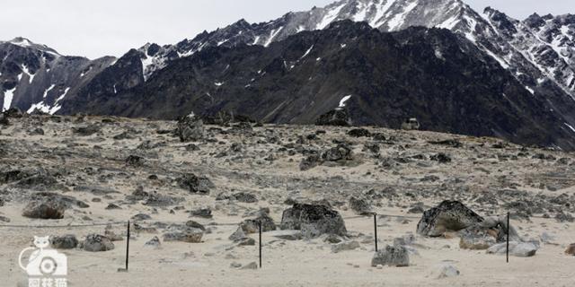 """北极最美的""""坟墓"""""""
