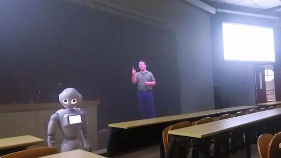 全息投影授课实况
