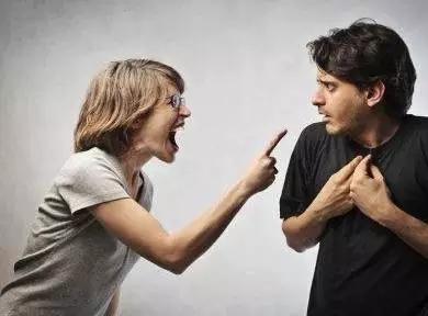 温州1丈夫发朋友圈有种东西用过不能再用 再婚妻发怒被捅死