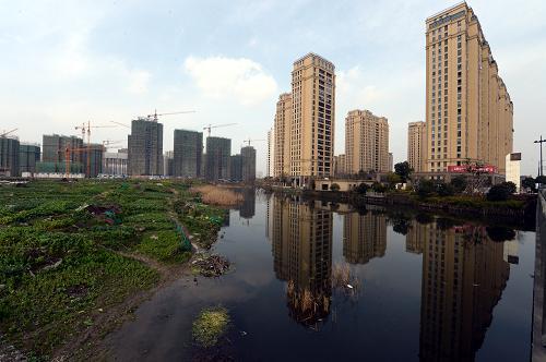 杭州楼市独秀:二手房平均房价已经达到约2.5万元/平