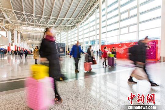 杭州机场迎来春运高峰。杭州机场供图