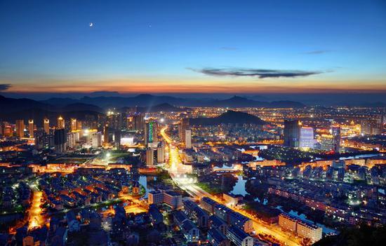资料图:浙江台州夜景 台州市委宣传部提供