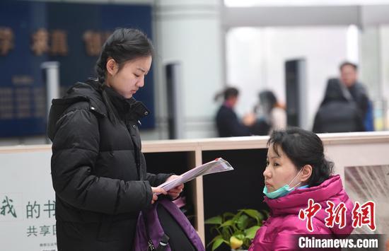 2019年,浙江传媒学院艺考复试现场。 王刚 摄