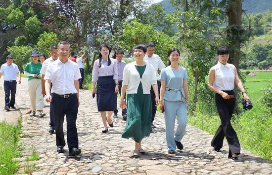 省农业农村厅党组成员来泰调研
