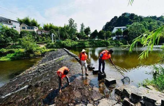 江山:山水家园中奔向全面小康