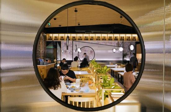 杭州一批饭店老板为上新动足脑筋 看到图片口水流下来