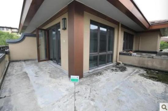最终2322万零1元成交 杭州西溪风情法拍房卖掉了