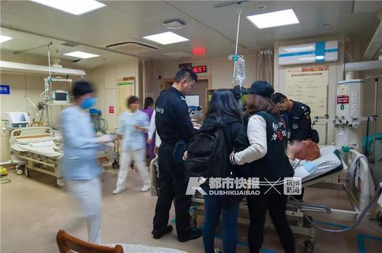 在医院里,我们也了解到了一些事发时的大致情况: