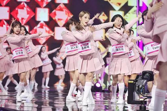 101小姐姐们在杭州成团 总决赛结束后出租车都爆单了