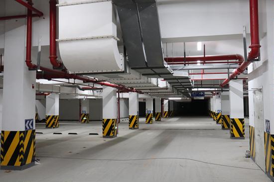 彭埠一中学操场地下公共停车库