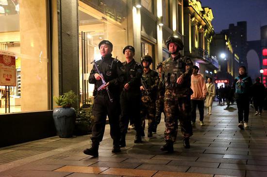 武警温州支队严密组织城市武装联勤巡逻 温州武警供图