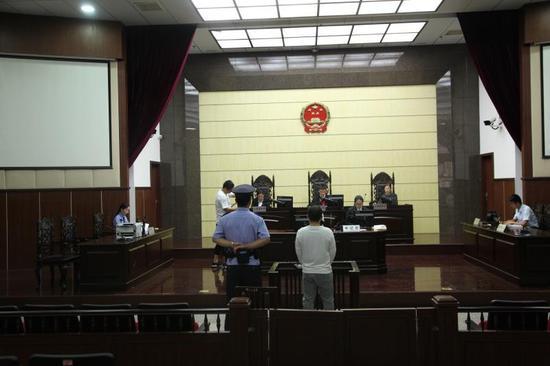 图为庭审现场 鄞州法院供图