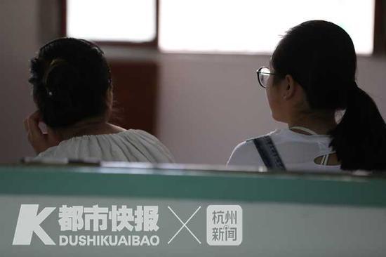 王琦和妈妈  摄影丨 徐美儿