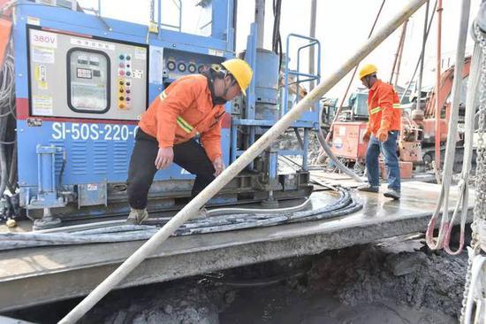 杭绍甬高速公路与1号线交叉工程复工 城乡建设掀热潮