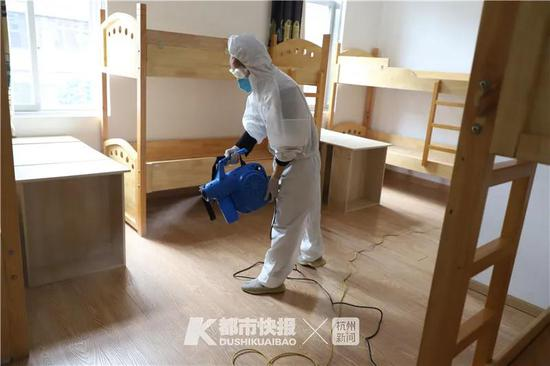 浙江多所学校公布详细开学方案 寝室睡觉也有新要求