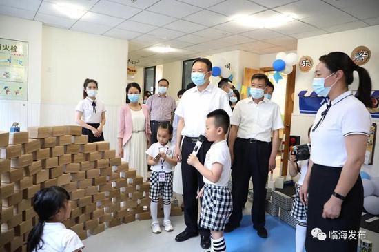 儿童节即将来临 临海市领导开展走访慰问活动