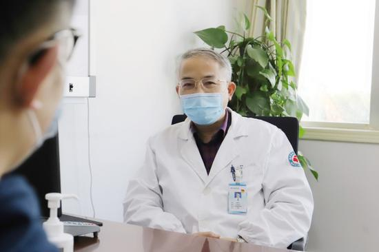 杭州市七医院一项新技术 用VR技术治疗滥用药物等问题