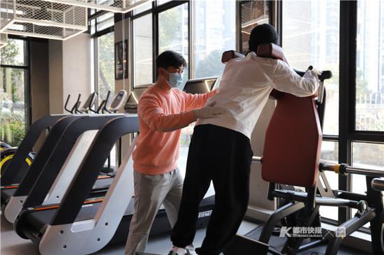 春节间1健身房对所有留杭人员免费开放 老板:健康过年
