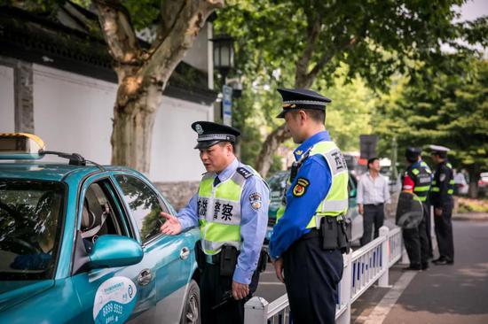杭州警方整治野导旅游乱象 一共抓捕了四十多人